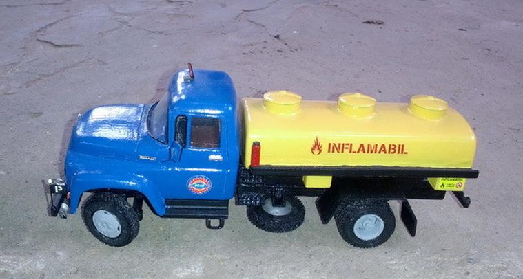 3d-printed-model-of-bucegi-truck-models